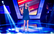 Adolescente de Sorriso   aprovada  no  The Voice Kids entra no Time Brown